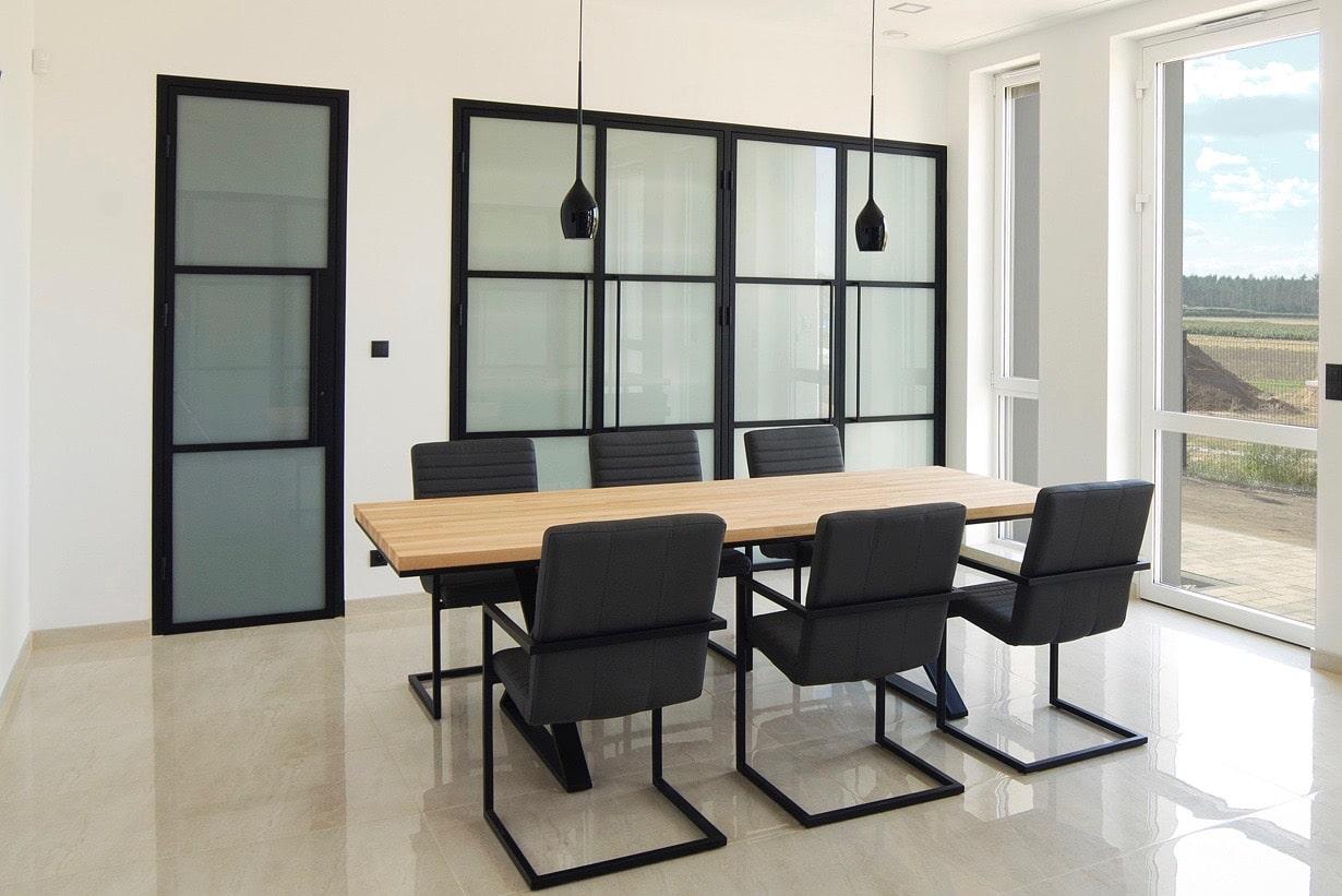 Stahlglastüren im Bürodesign